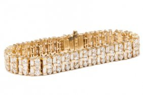 18 KARAT GOLD & DIAMOND BRACELET