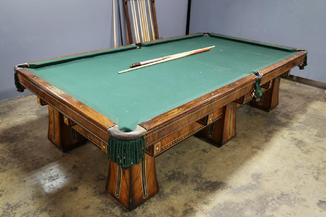 BRUNSWICK-BALKE-COLLENDER KLING BILLIARDS TABLE