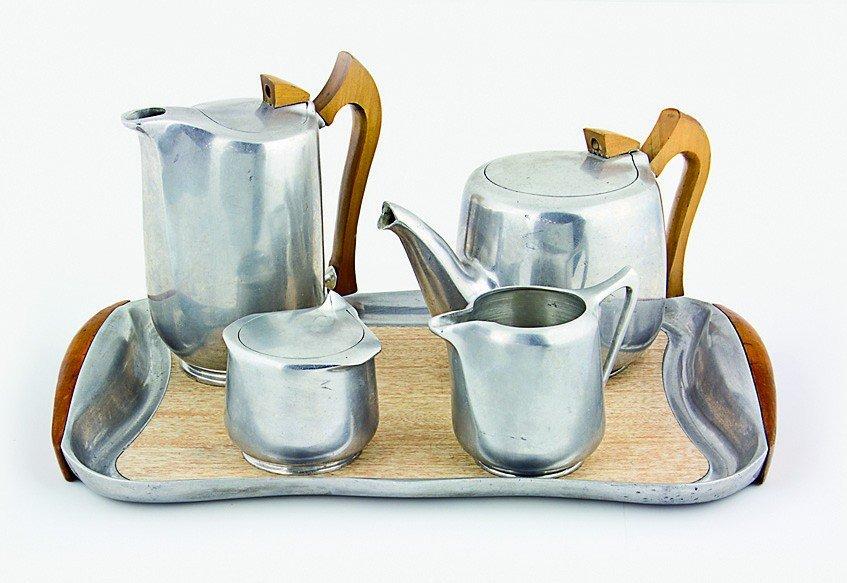 200: Piquetware Tea set, UK 1947-49