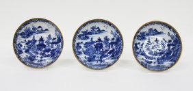 Set of three Chinese export blue and white dishes
