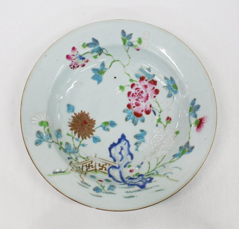 18th century Chinese export famille rose dish