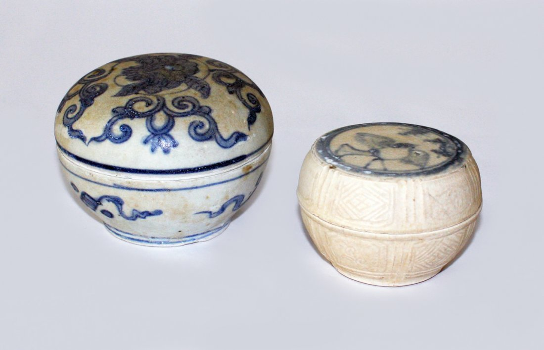 Two small Chinese blue and white shipwreck boxes