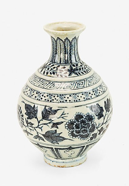 Ming-style blue and white vase