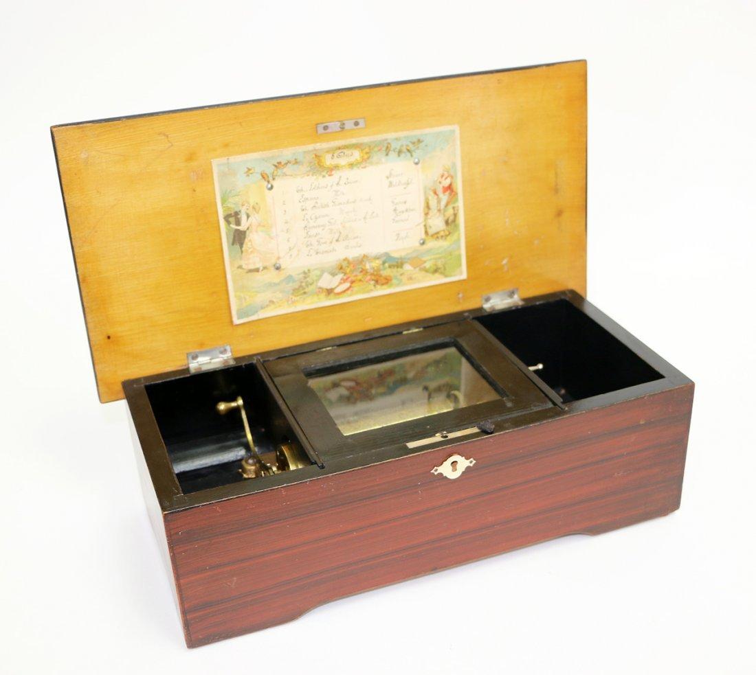 Small Swiss 8 air music box
