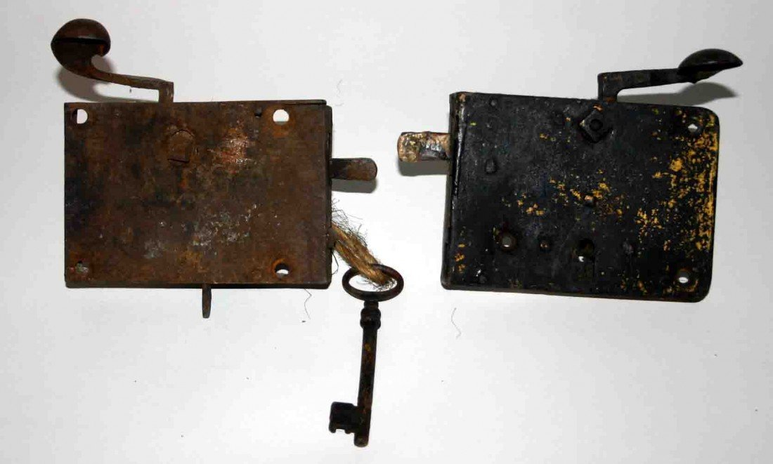 2: Two (2) Early Cast Grab Latch Door Latches (1) w/ Ke