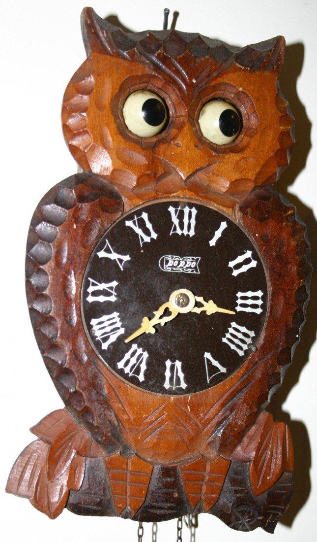 302: Poppo owl eye movement cuckoo clock.  Single pine