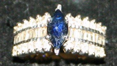 14k Yellow Gold Sapphire & Diamonds Ring.