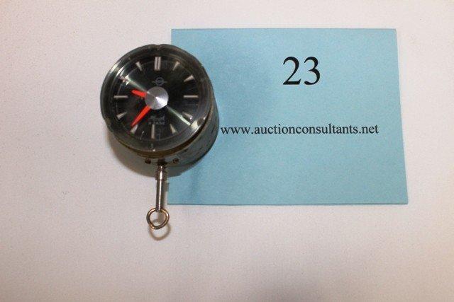 23: DASHBOARD CLOCK, KRINGLE 8 TAGE, GOOD CONDITION, 3.