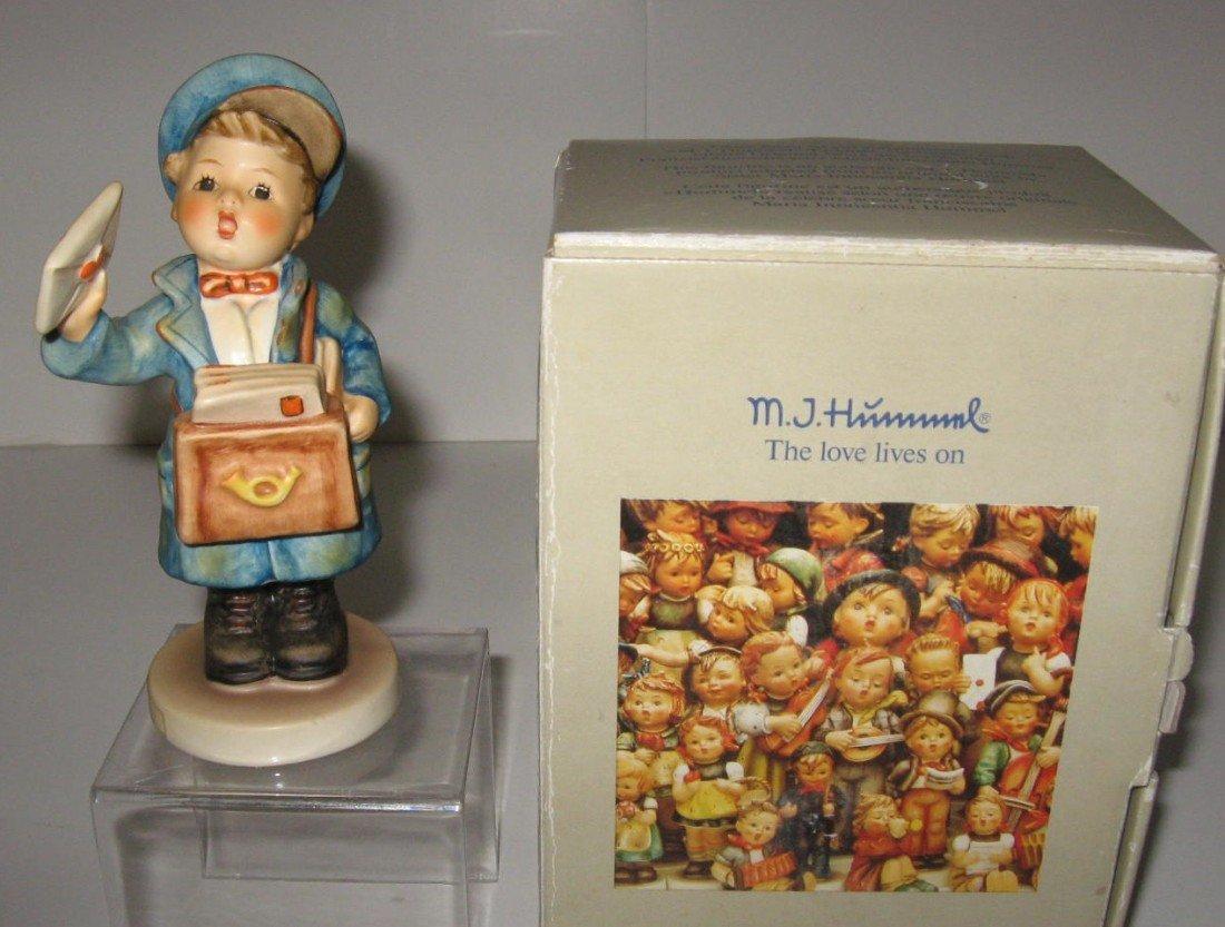 14G: Hummel Postman with box