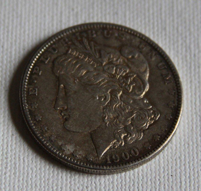 10: 1900 Morgan Silver Dollar