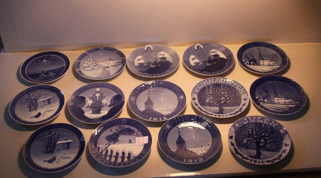 12: Royal Copenhagen Christmas Collector plates 1911-19