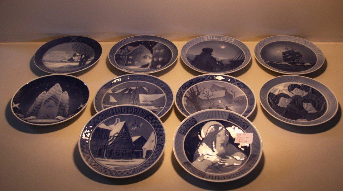 13: Royal Copenhagen Christmas Collector plates 1920-29