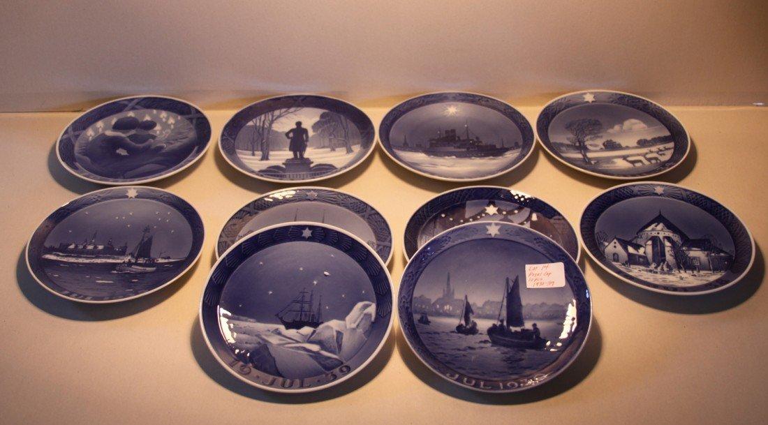14: Royal Copenhagen Christmas Collector plates 1930-39