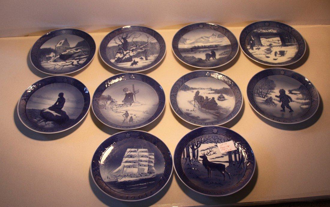 17: Royal Copenhagen Christmas Collector plates 1960-69