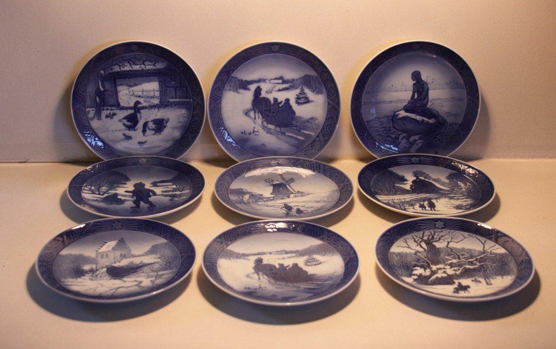 19: Royal Copenhagen Christmas Collector plates 1960-77