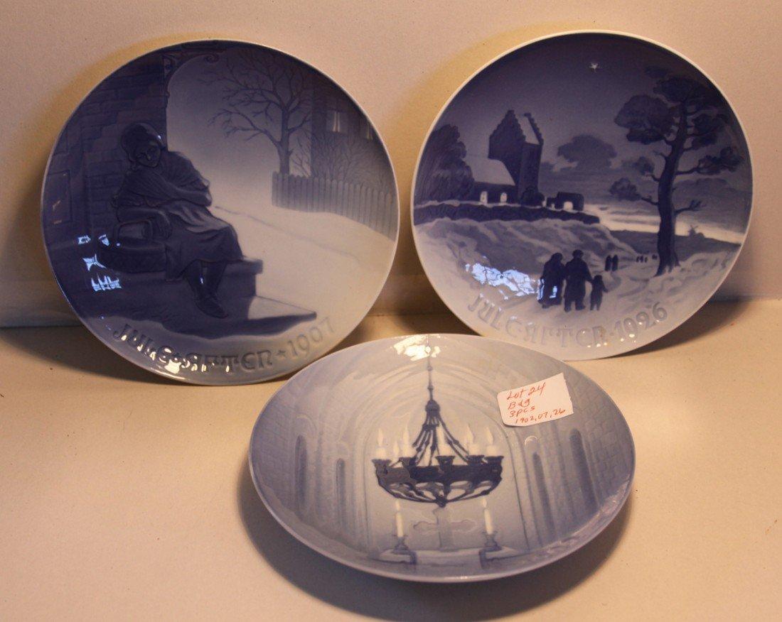 24: Bing & Grondahl Christmas plates 1902, 1907, 1926