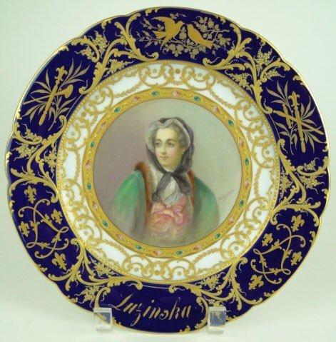 10: ROYAL VIENNA PORTRAIT PLATE SIGNED