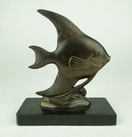22: BRONZE ART DECO FISH ON BASE