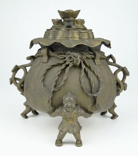 16: 19TH CEN CHINESE BRONZE UNUSUAL CENSOR