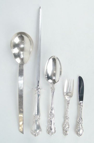 3: 5 STERLING SILVER ASSORTED PIECES OF FLATWARE