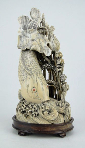 11: EXTRA ORDINARY ANTIQUE CARVED CHINESE IVORY KOI