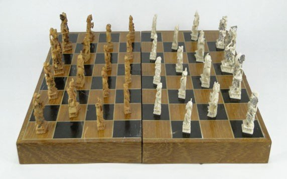 5: FABULOUS VINTAGE COMPLETE IVORY CHESS SET