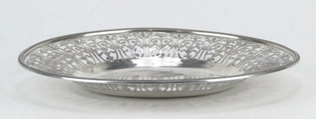 7: RUSSIAN ANTIQUE STERLING SILVER RETICULATED PLATE