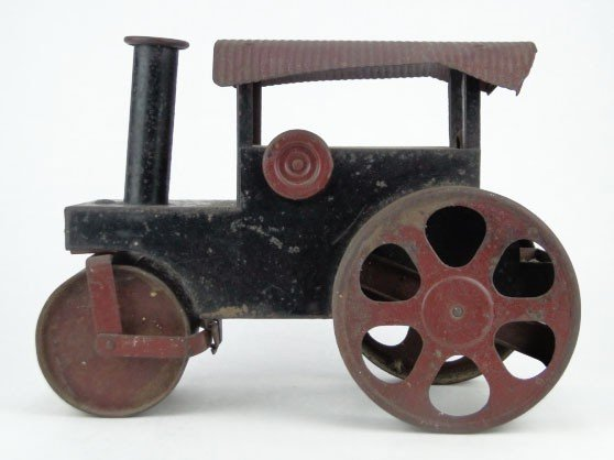 22: ANTIQUE TIN TOY STEAM ROLLER