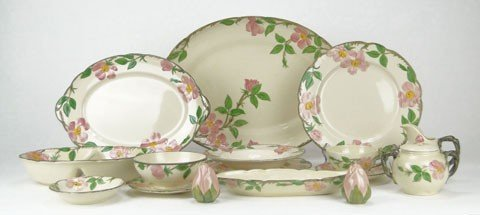 123: FRANCISCAN CHINA SET DESERT ROSE USA