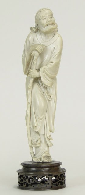 20: 19C CHINESE CARVED IVORY IMMORTAL FIGURINE