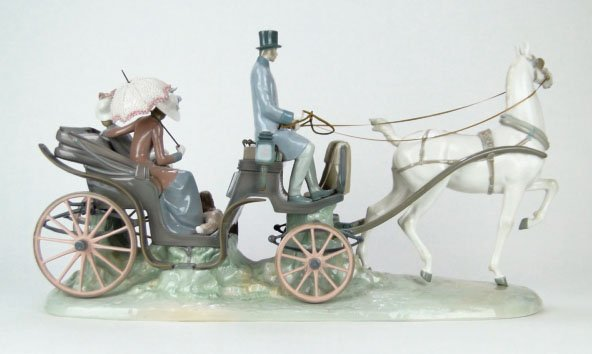42: RARE LLADRO HANSOM CARRiAGE #1225 - 2
