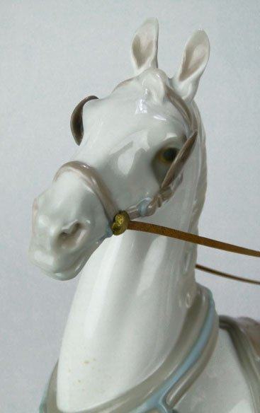42: RARE LLADRO HANSOM CARRiAGE #1225 - 7