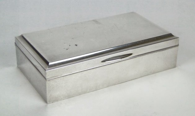 57: ANTIQUE CHINESE 950 STERLING & ROSEWOOD BOX