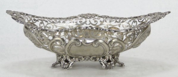 5A: ANTIQUE STERLING SILVER LARGE RETICULATED CENTER BO