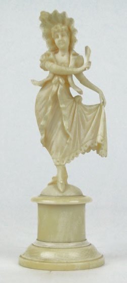 16: ANTIQUE CONTINENTAL IVORY FIGURINE OF A LADY
