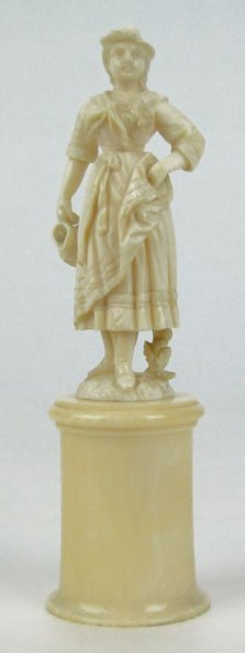 16A: ANTIQUE CONTINENTAL IVORY FIGURINE OF A LADY