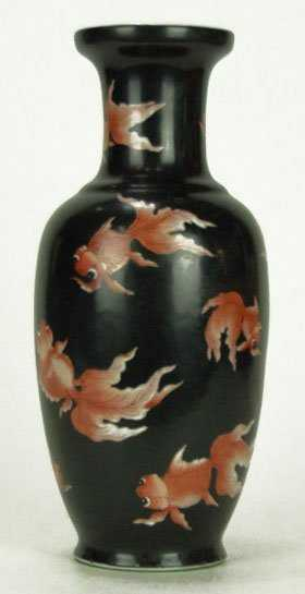 161 Antique Chinese Vase With Koi Fish