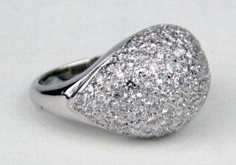 17: 14KT WHITE GOLD & DIAMOND RING