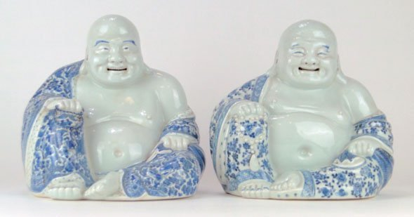 157: PR ANTIQUE CHINESE PORCELAIN SEATED BUDDHAS