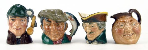 20: FOUR SMALL VINTAGE ROYAL DOULTON TOBY MUGS
