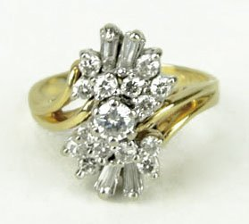 412A: 14KT YELLOW GOLD LADIES DIAMOND COCKTAIL RING