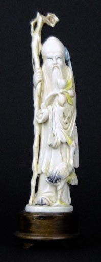 ANTIQUE CHINESE POLLY CHROMED IVORY CARVING OF AN ELDER