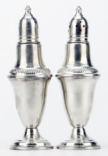 ELEGANT PAIR OF STERLING WEIGHTED SHAKERS