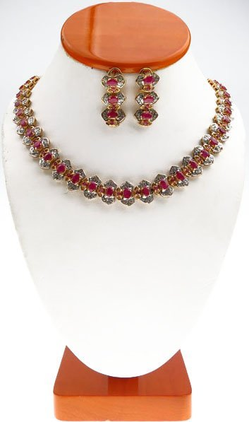 RUBY & DIAMOND NECKLACE & EARRINGS SET 30CT RUBY