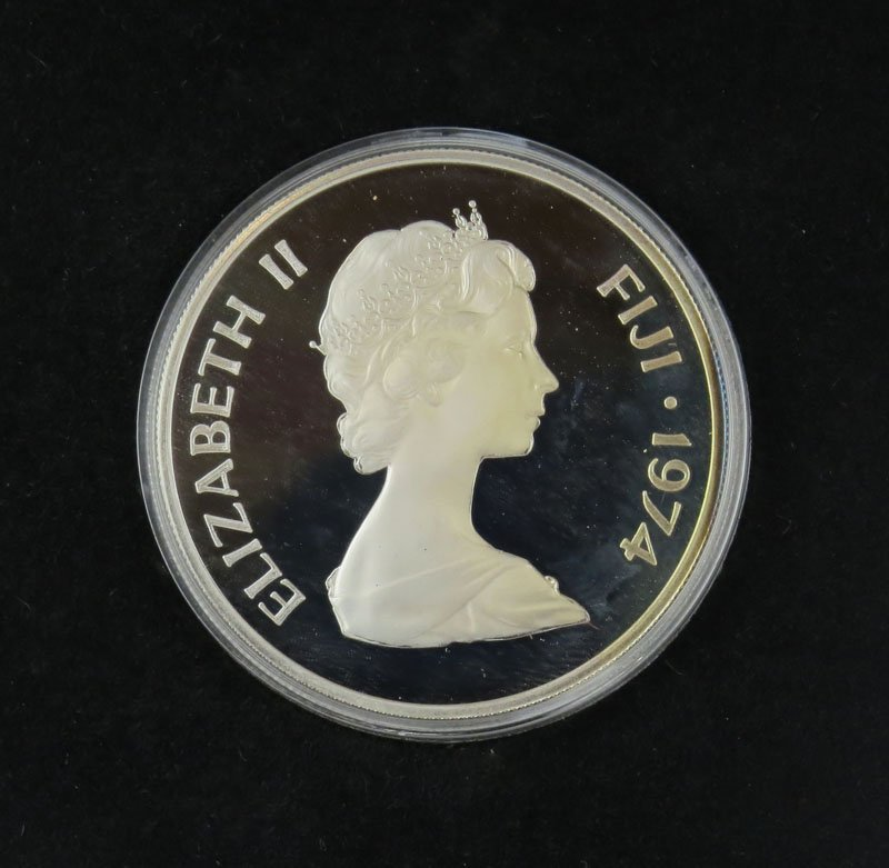 Sterling Silver Elizabeth The 2nd Commeritive Coin