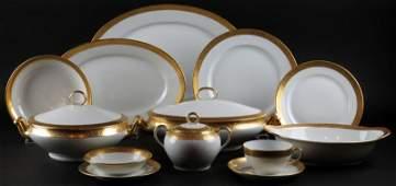 Seventy Six 76 Piece Thomas Bavaria Porcelain Dinner