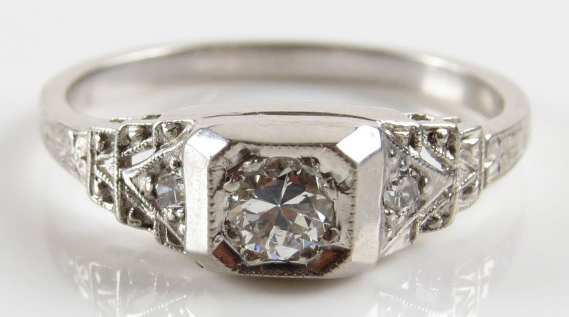 Vintage 18 Karat White Gold, 0.23 Carat Diamond