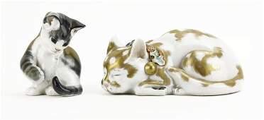 Vintage Japanese Imari Style Porcelain Resting Cat