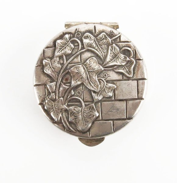 Sterling Silver Christmas 1948 Pill Box. Tarnished or
