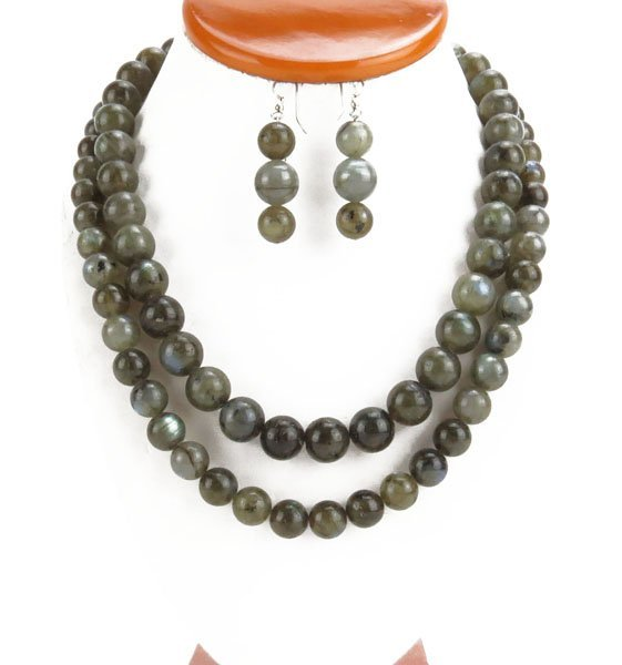 Lot of Labradorite Beaded  Necklace and Earrings Suite.